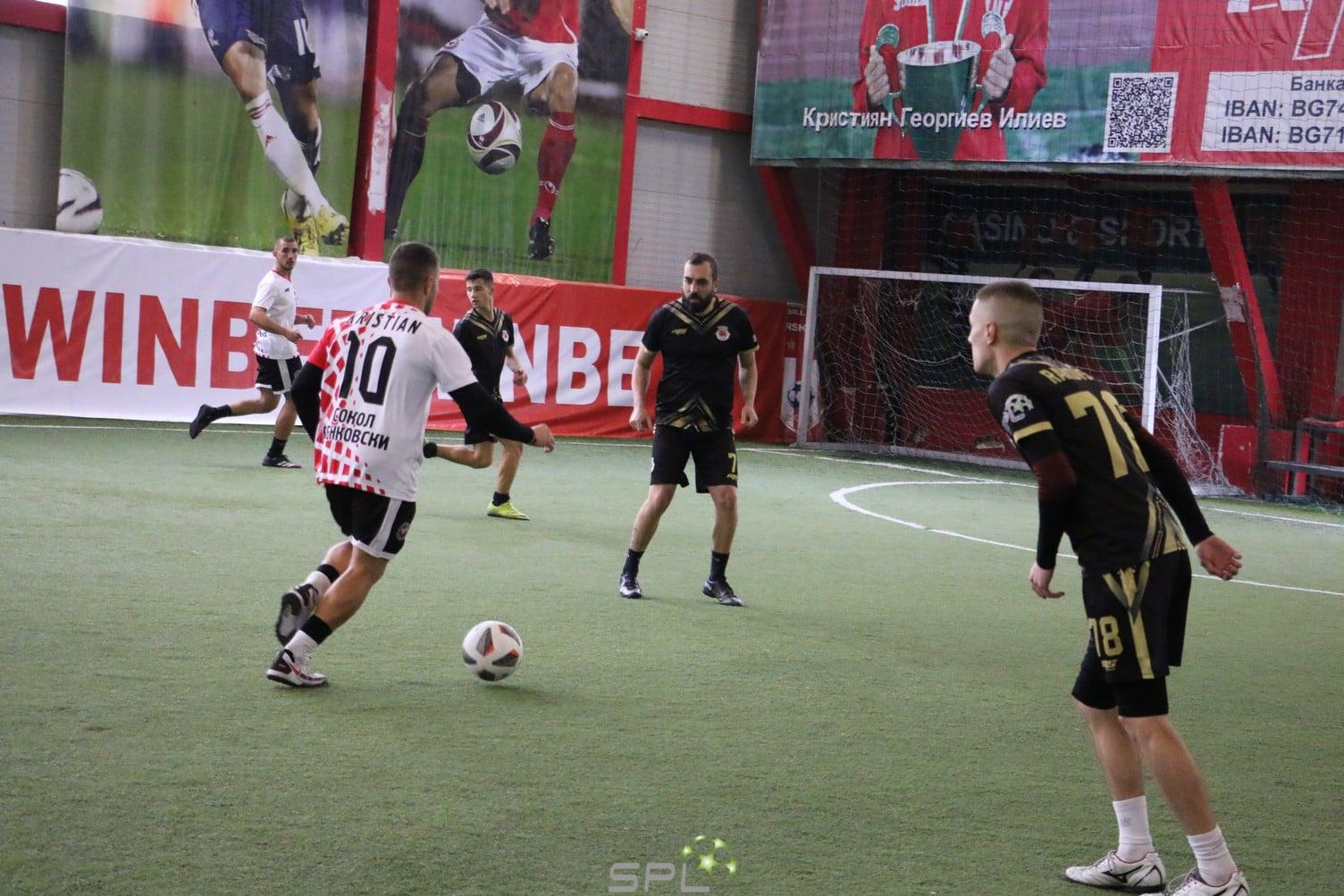 Сокол Бенковски потрепери, но взе трите точки срещу Иберийците